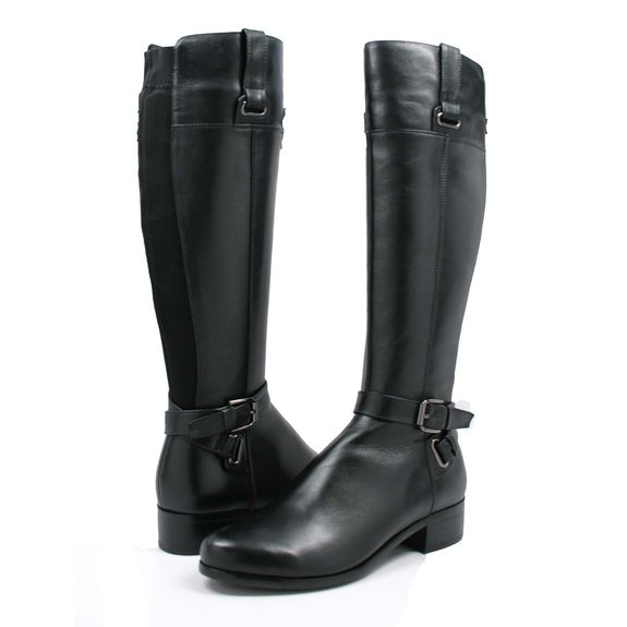 young ladie small calf boot