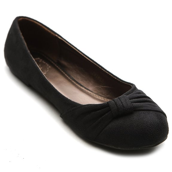 ballet flat shoe