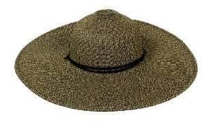 floopy sun hat