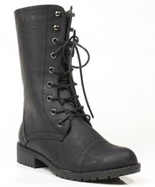 lace up womens winter boot under 100$