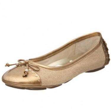 ladies flat shoe