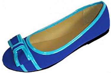 womens flat shoe