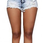 How To Wear Denim Shorts If You Are A Woman...