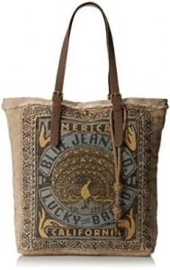 Women's travel totes