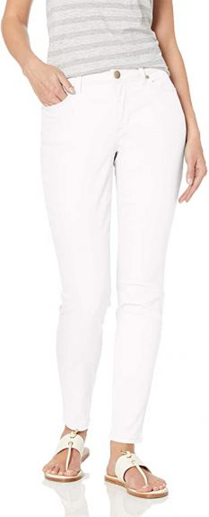 White Jeans In Winter 2021
