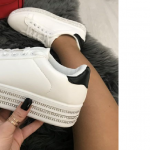 Are White Sneakers In Style 2022