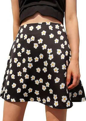 Are Mini Skirts In Style 2021